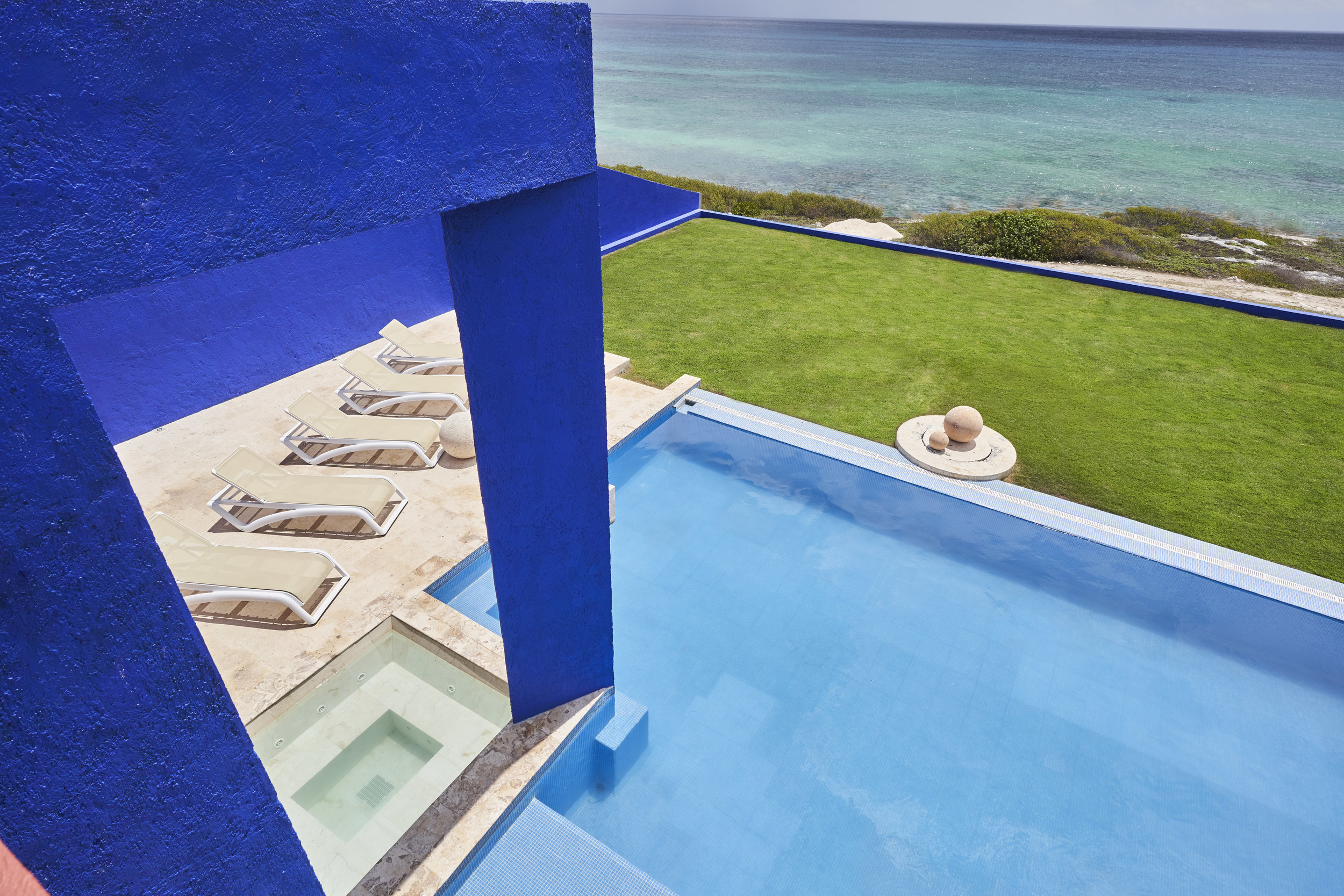 CasaZama_PoolTerrace_08.jpg