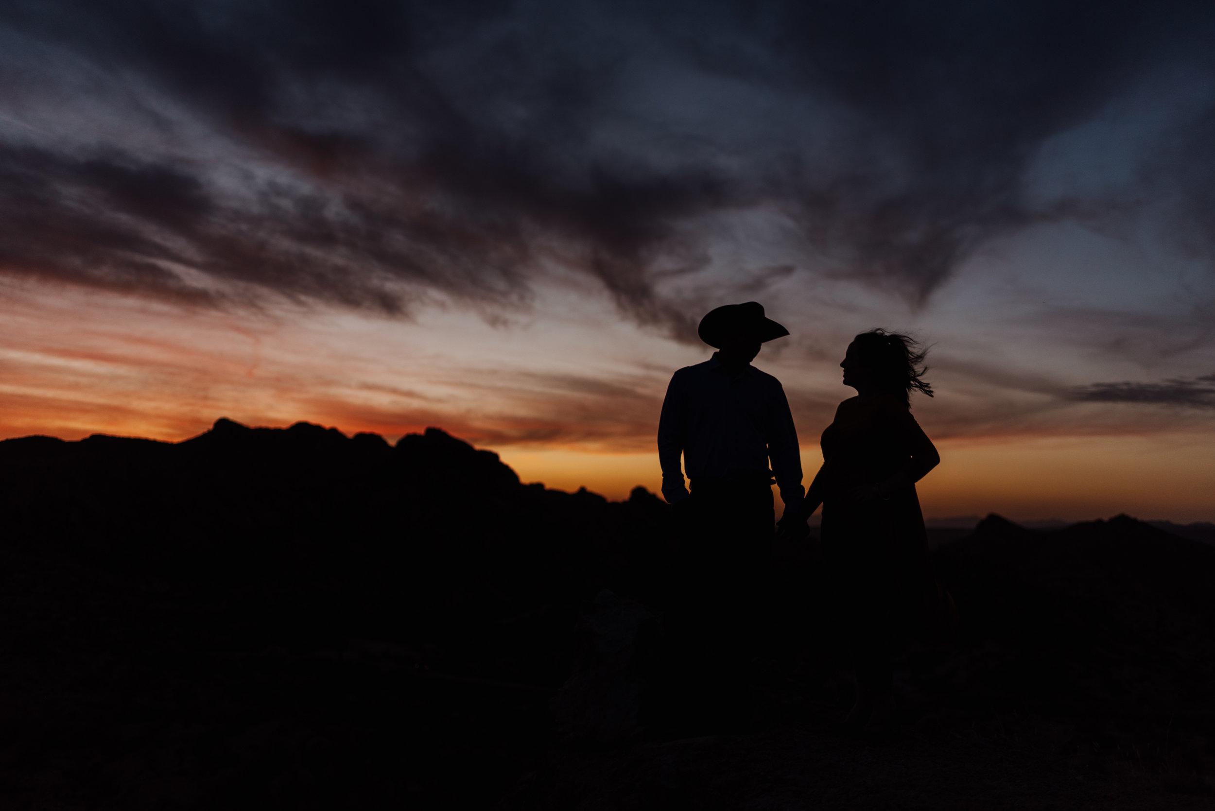 Canyon Lake Arizona Engagement Photos