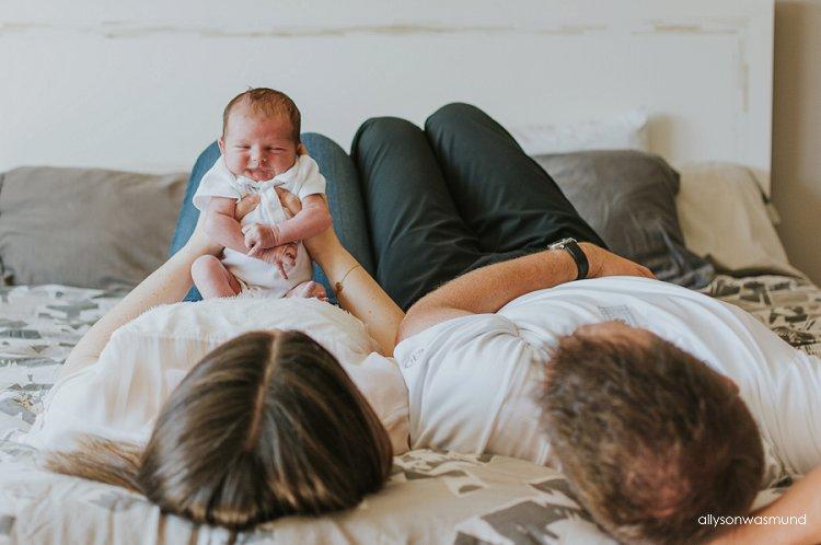 lifestyle-newborn-session
