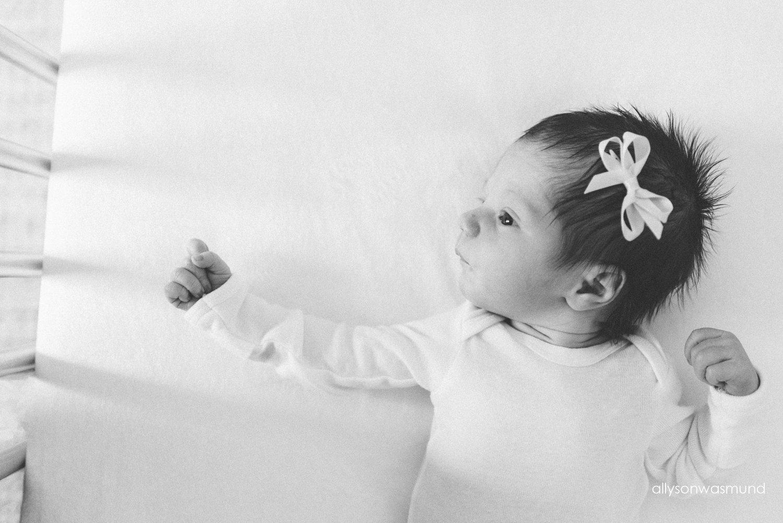 twin-cities-newborn-photographer_0995.jpg