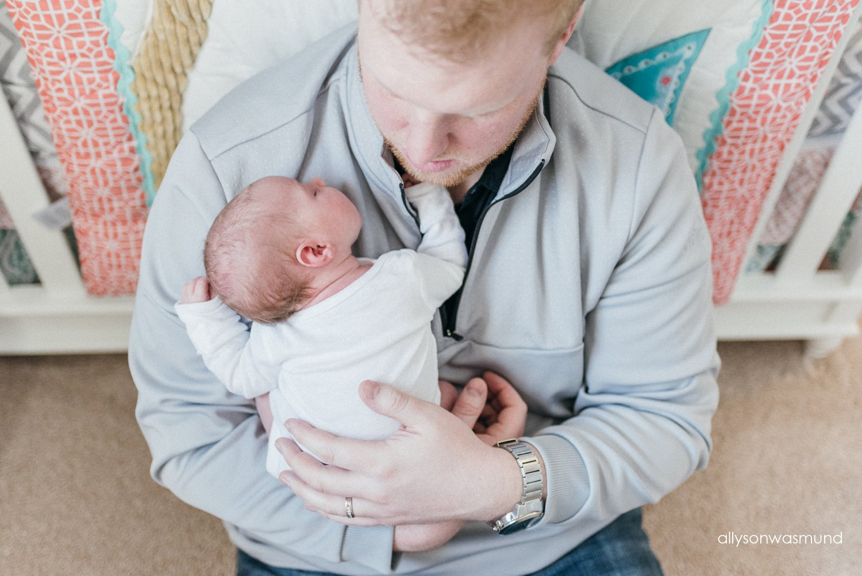 bloomington-mn-in-home-newborn-photographer_1511.jpg