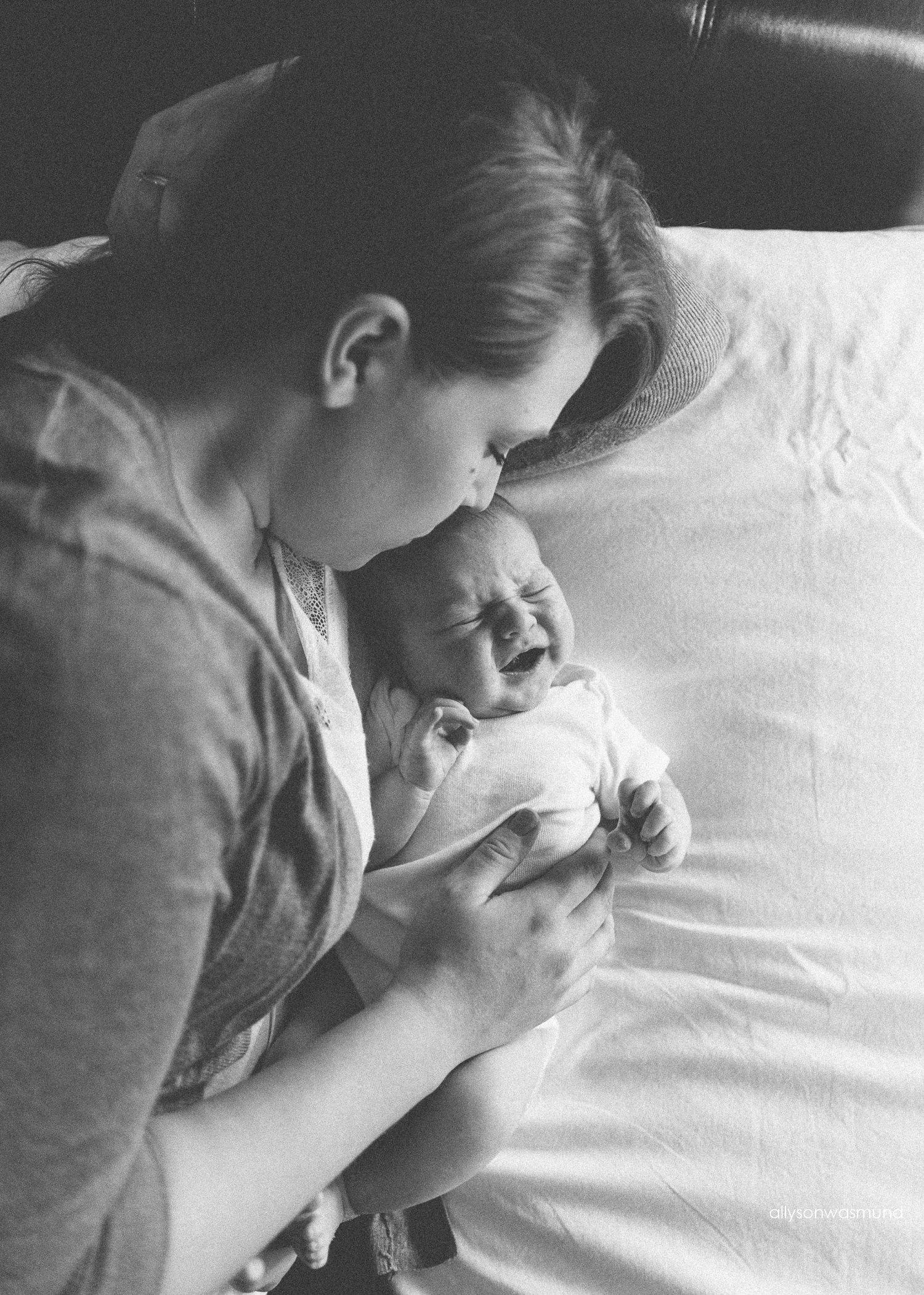 twin-cities-lifestyle-newborn-photographer_0186.jpg