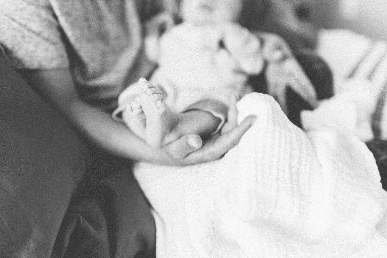 eagan-mn-lifestyle-newborn-photographer_0243.jpg