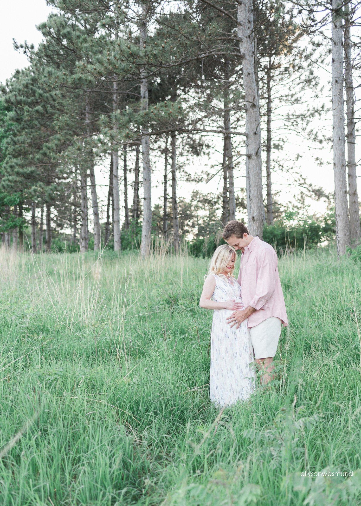 twin-cities-outdoor-maternity-photographer_0020.jpg