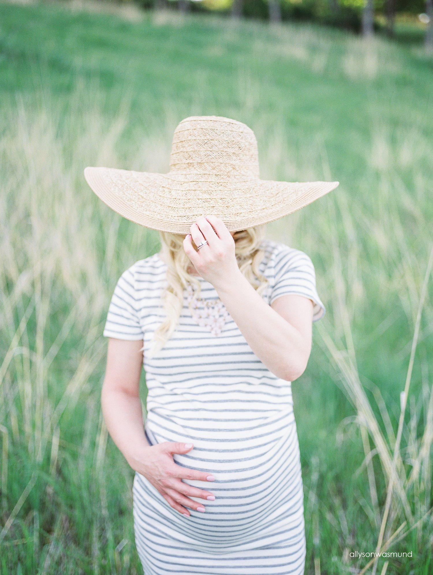 twin-cities-outdoor-maternity-photographer_0001.jpg