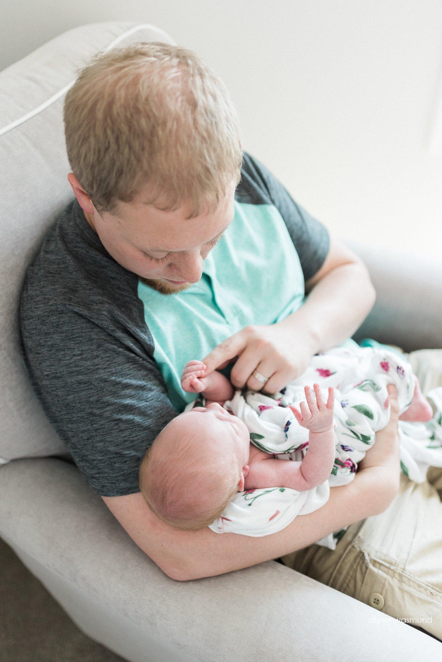 champlin-mn-lifestyle-newborn-photographer_0028.jpg