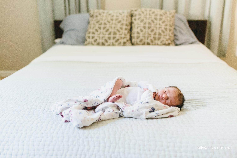 new-brighton-mn-lifestyle-newborn-photographer_0047.jpg