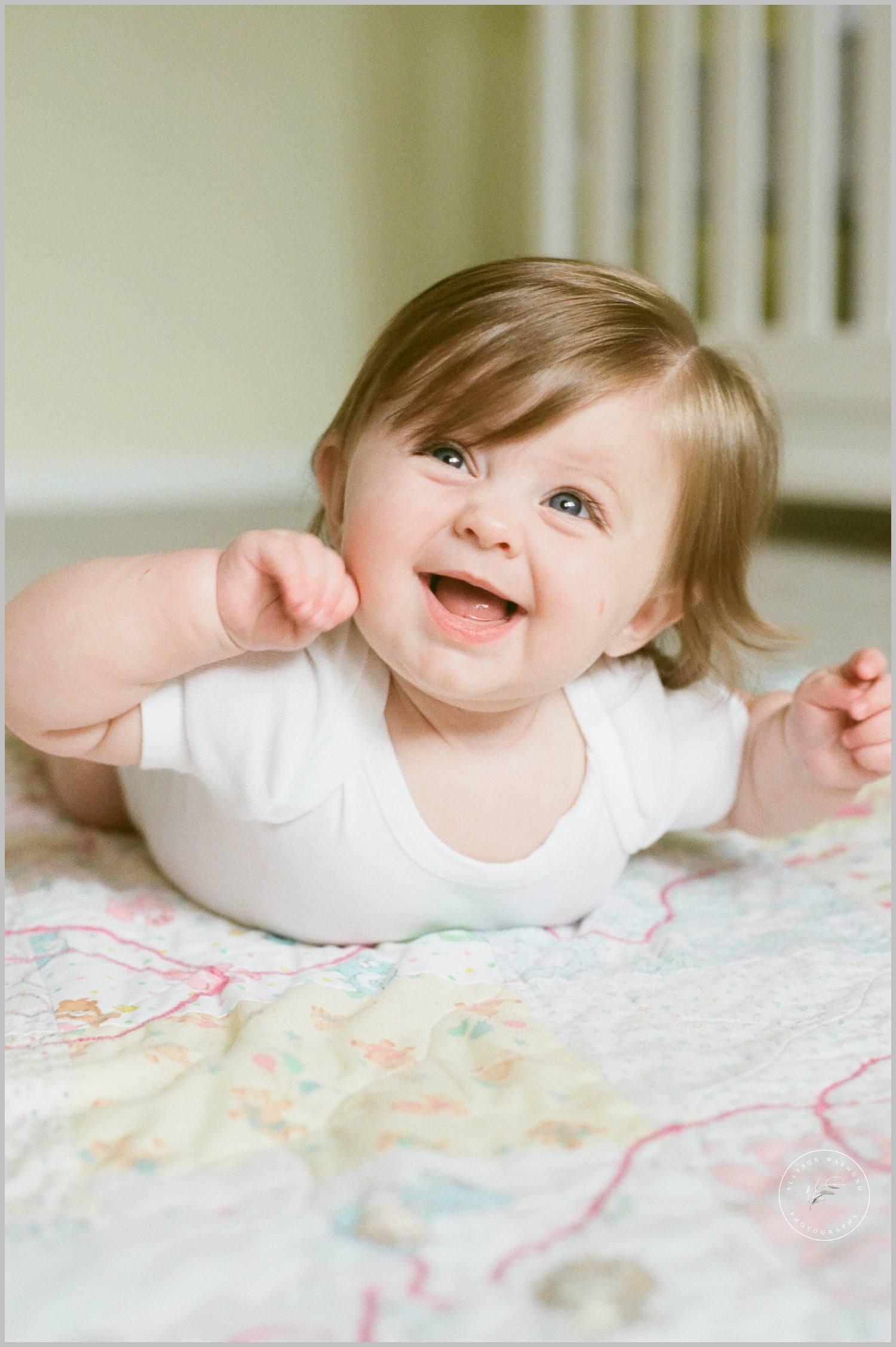 minnetonka-baby-milestone-lifestyle-film-photographer_0053.jpg