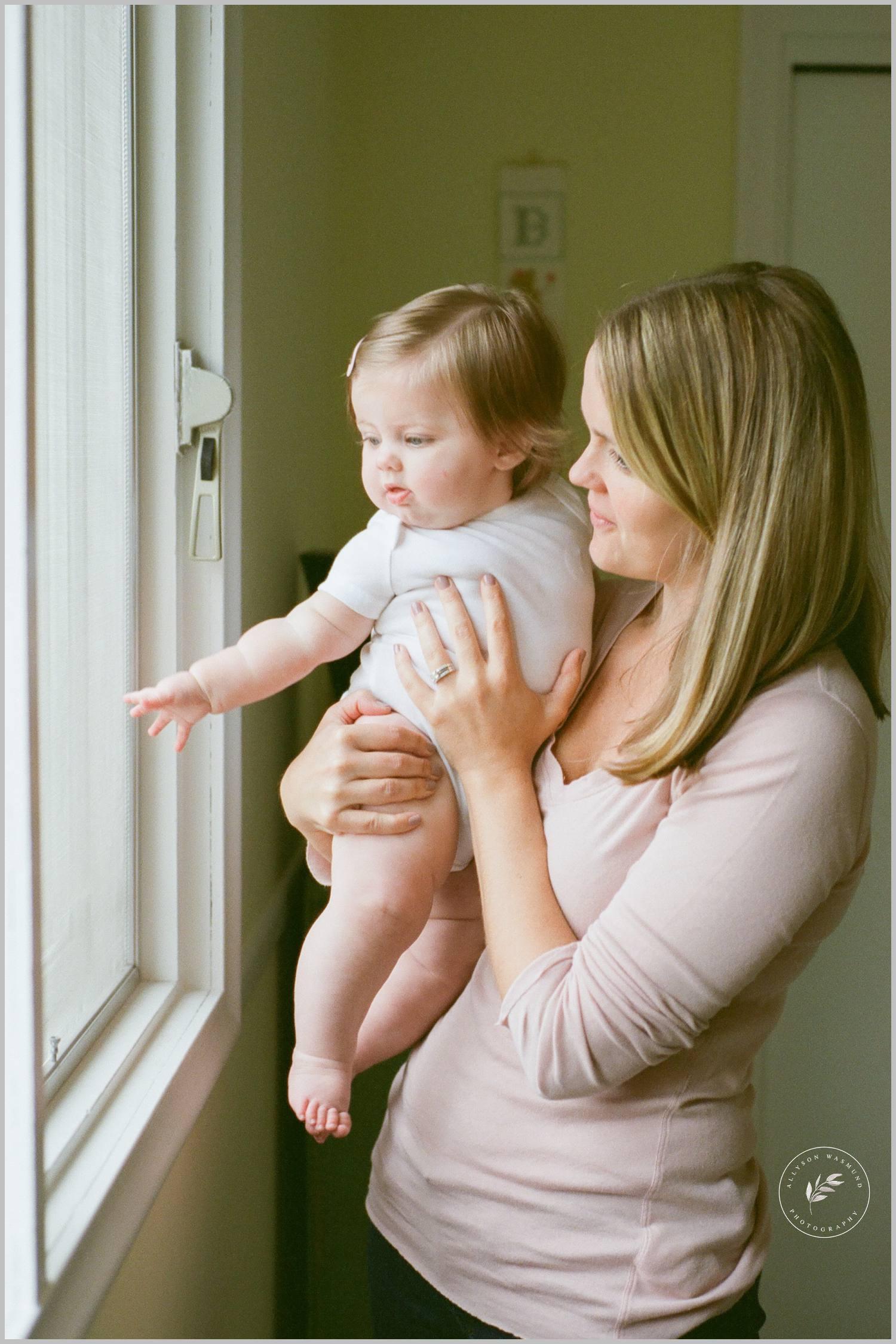 minnetonka-baby-milestone-lifestyle-film-photographer_0054.jpg