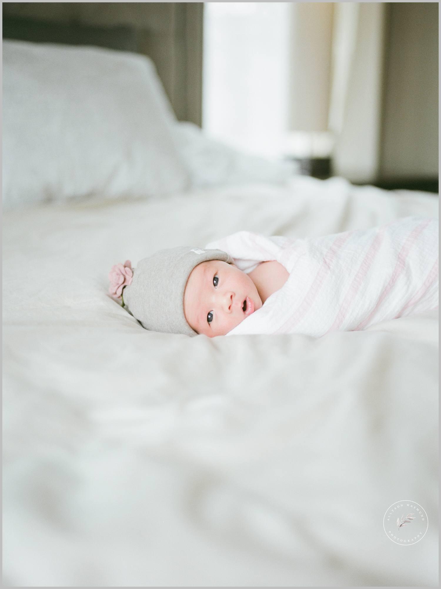 st-paul-natural-in-home-newborn-film-photographer_0008.jpg
