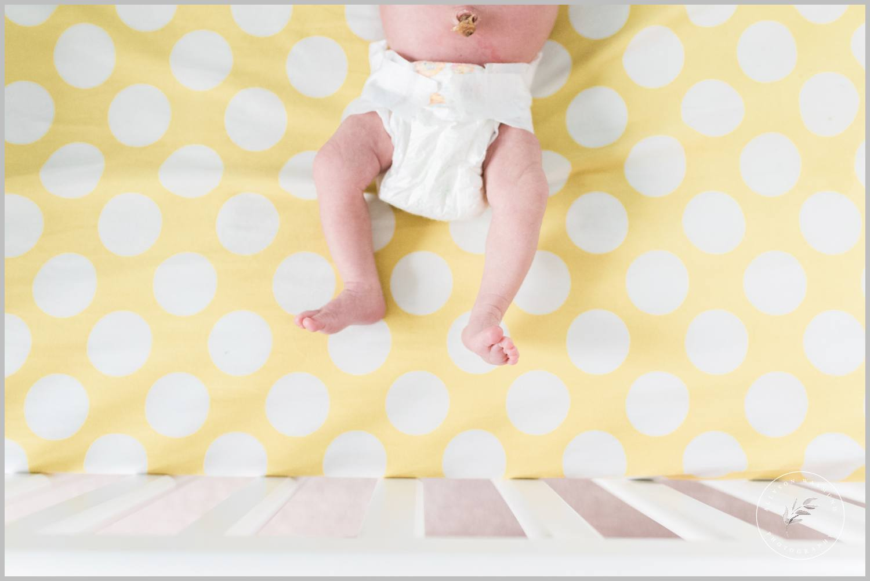 st-paul-natural-in-home-newborn-film-photographer_0015.jpg