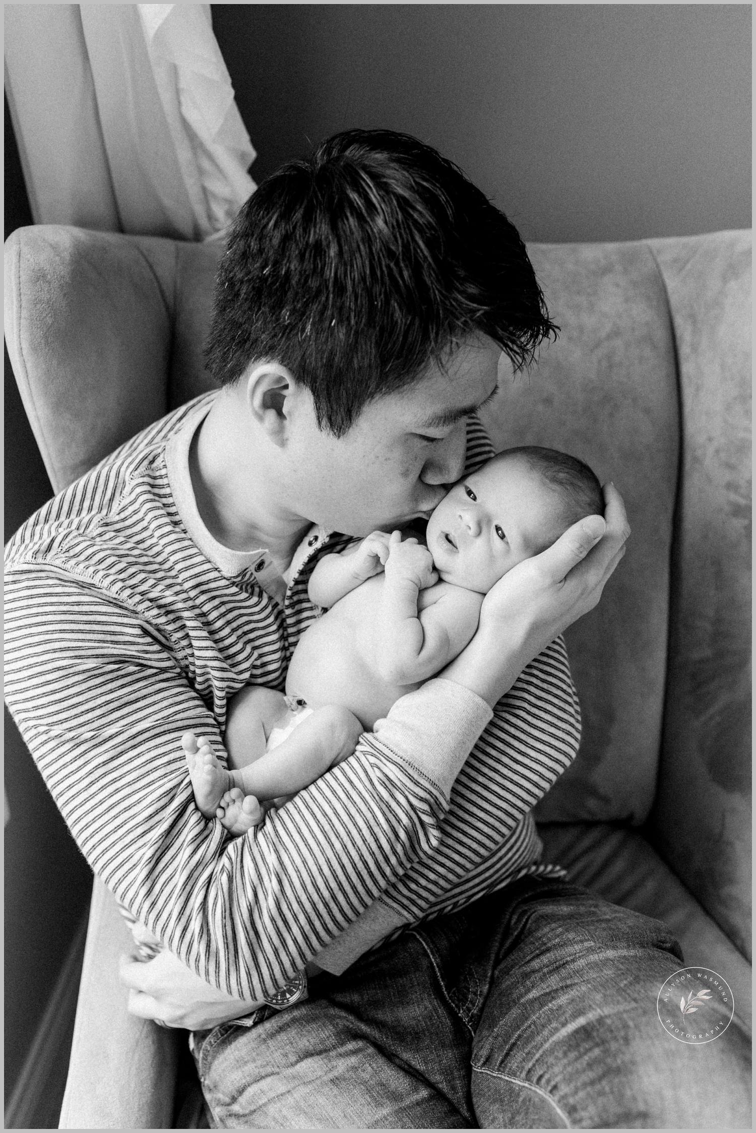 st-paul-natural-in-home-newborn-film-photographer_0014.jpg