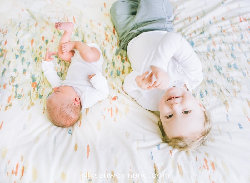 st-paul-mn-lifestyle-newborn-film-photographer_0003.jpg