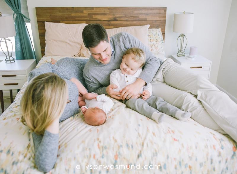 st-paul-mn-lifestyle-newborn-film-photographer_0004.jpg