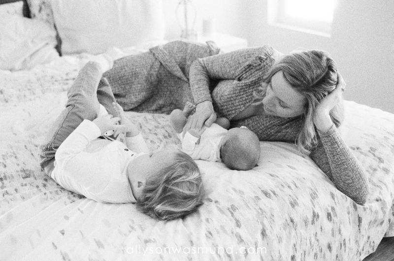 st-paul-mn-lifestyle-newborn-film-photographer_0009.jpg