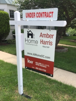 My Sign with Under Contract - No Number.jpg