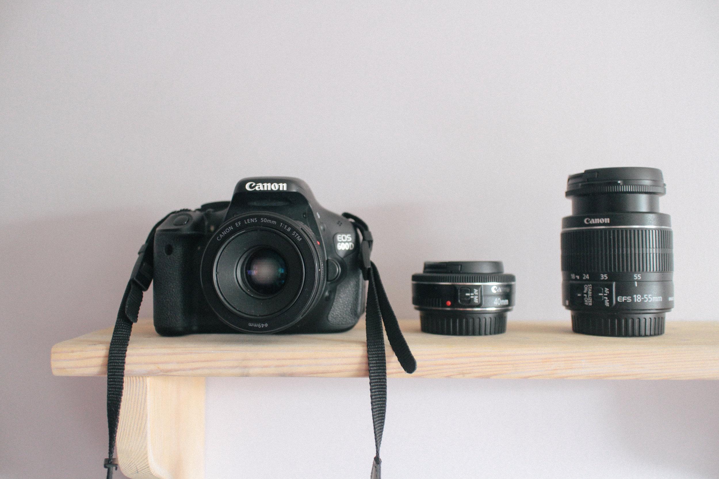 Canon EOS 600D, 40mm f/2.8 lens, 18-55mm f/3.5-5.6 lens