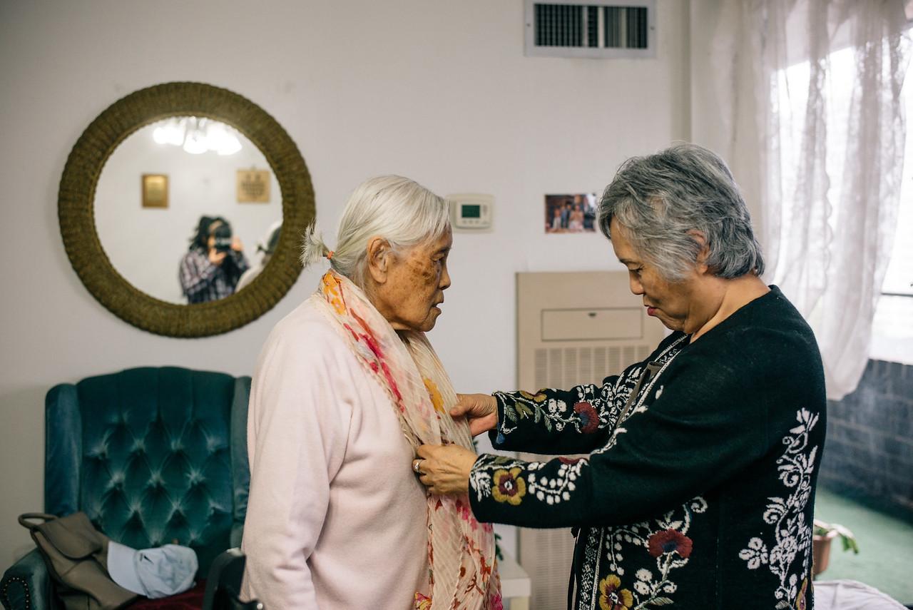 grandma-mom.jpg