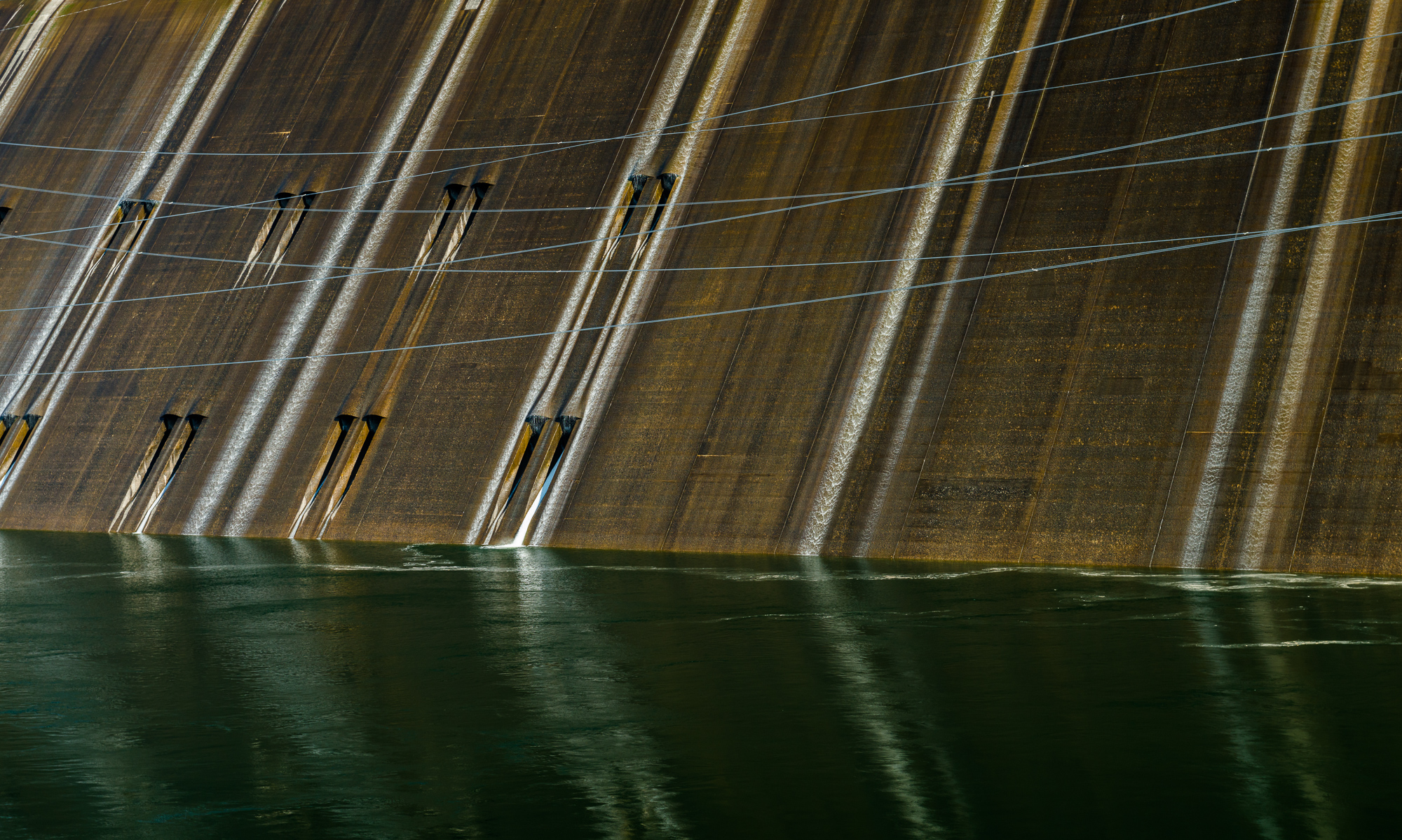 "grand coulee dam 1   7"" x 12"", 10"" x 18"" or 18"" x 30""  2013"