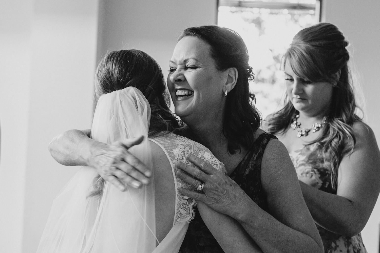 Austin wedding photographer lady bird johnson wildflower center wedding -25.jpg