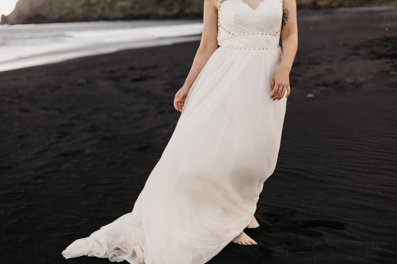 anna szczekutowicz iceland wedding photogapher elopement photographer-79.jpg