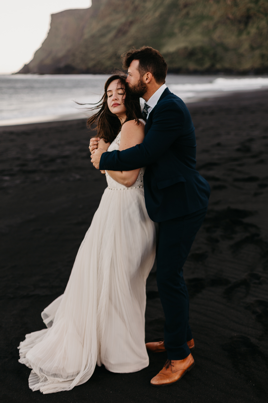 anna szczekutowicz iceland wedding photogapher elopement photographer-110.jpg