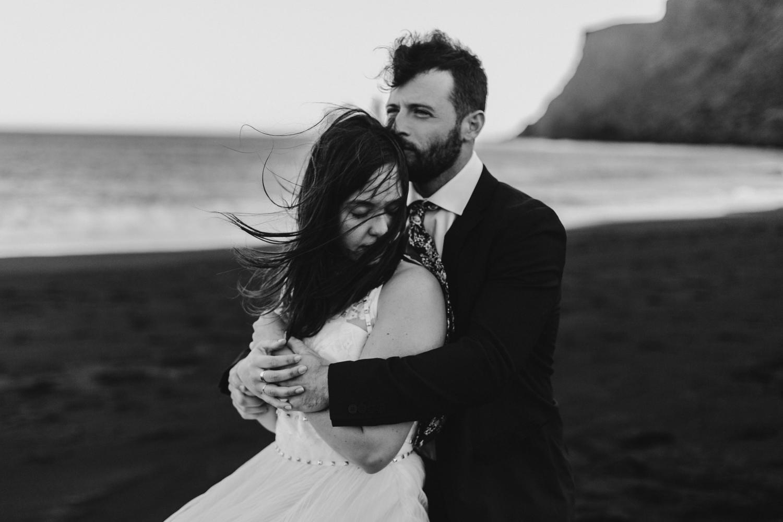 anna szczekutowicz iceland wedding photogapher elopement photographer-113.jpg