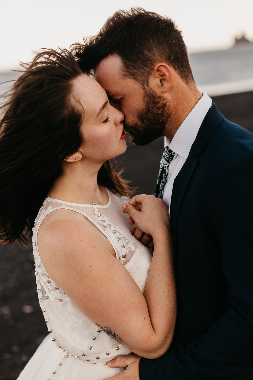 anna szczekutowicz iceland wedding photogapher elopement photographer-124.jpg
