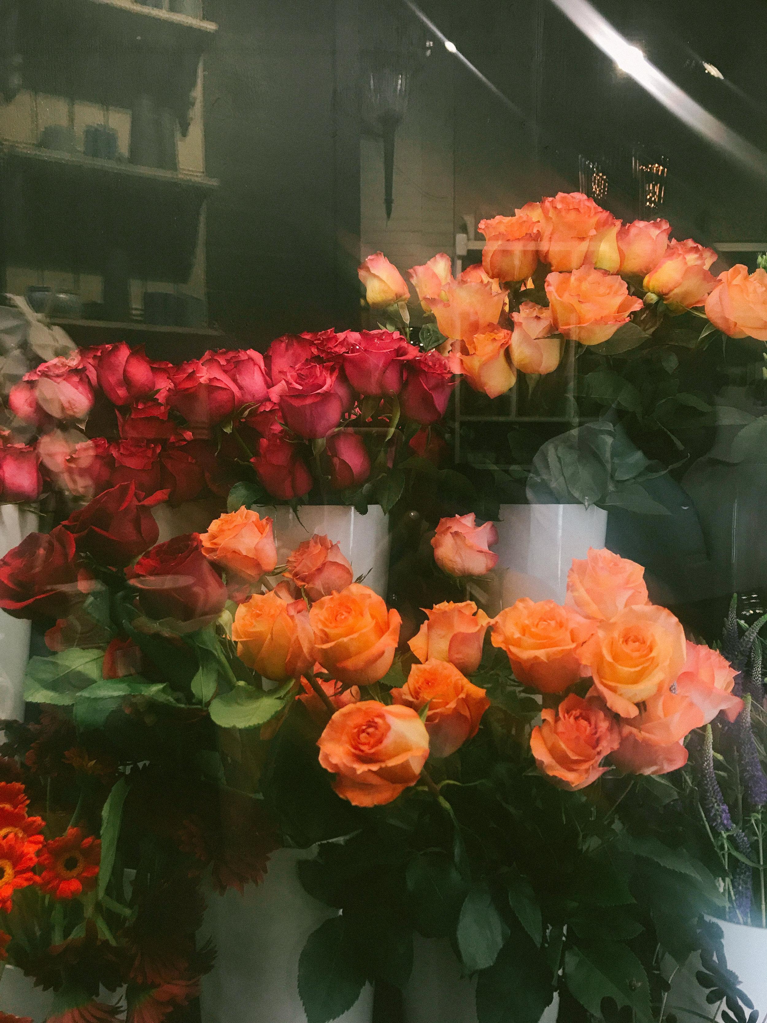 laurennicolefoot-2018-august-wedding-flowertopper-7.jpg