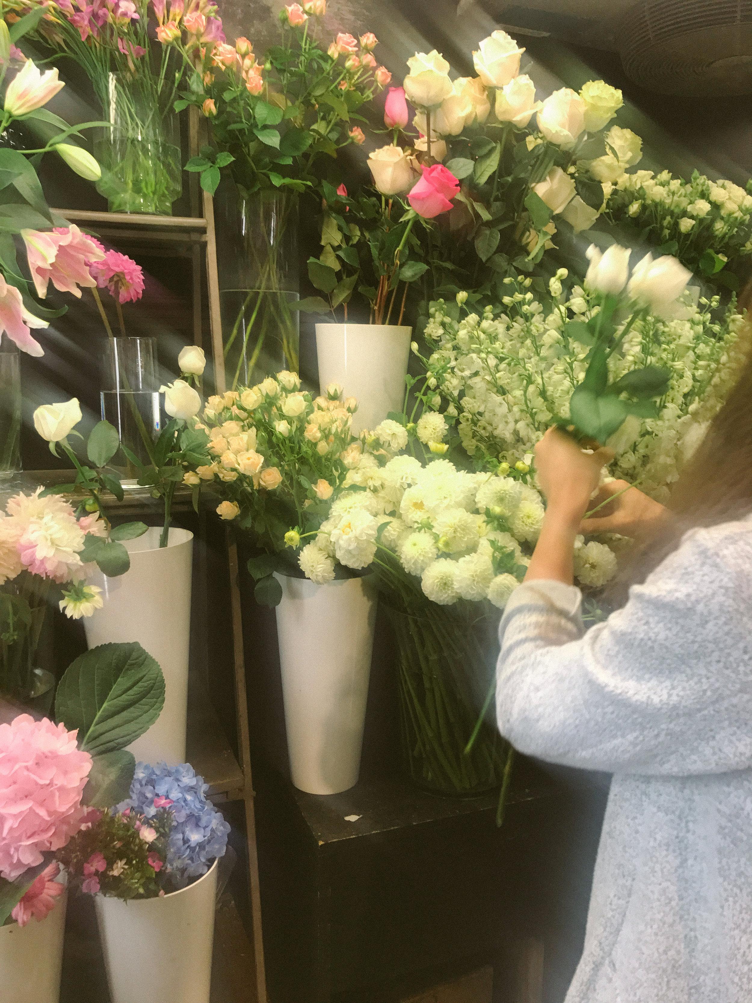 laurennicolefoot-2018-august-wedding-flowertopper-8.jpg