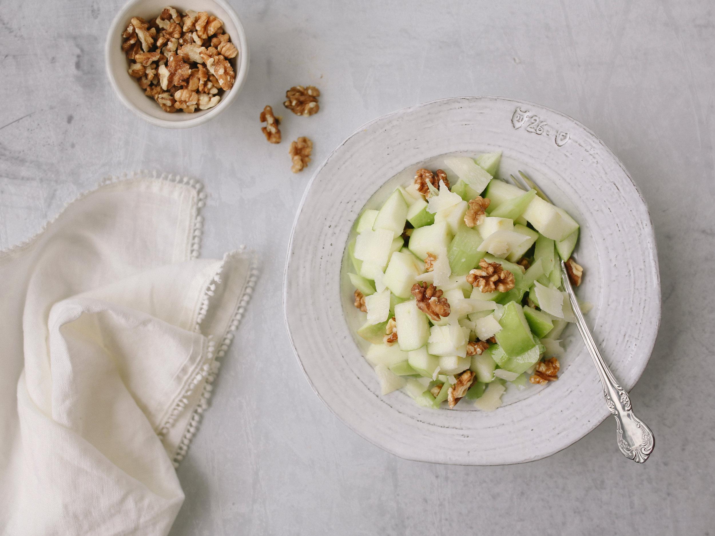 laurennicolefoot-2018-recipes-apple-salad-2 copy.jpg