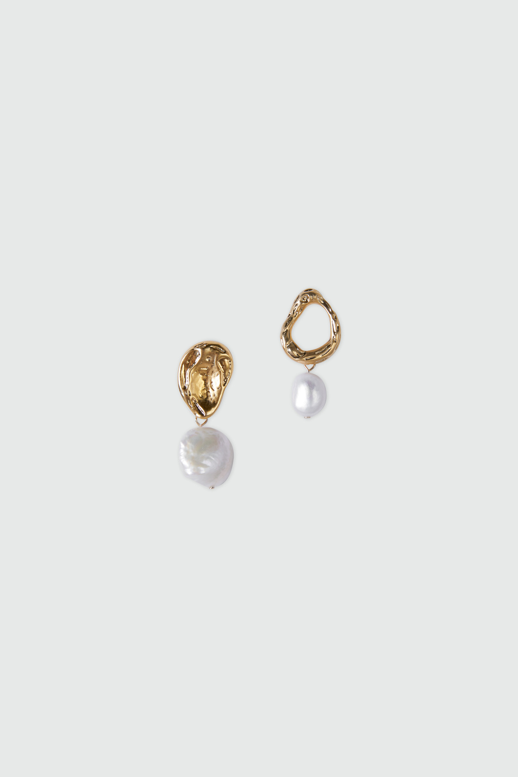 Earring-J005_Gold-1.jpg