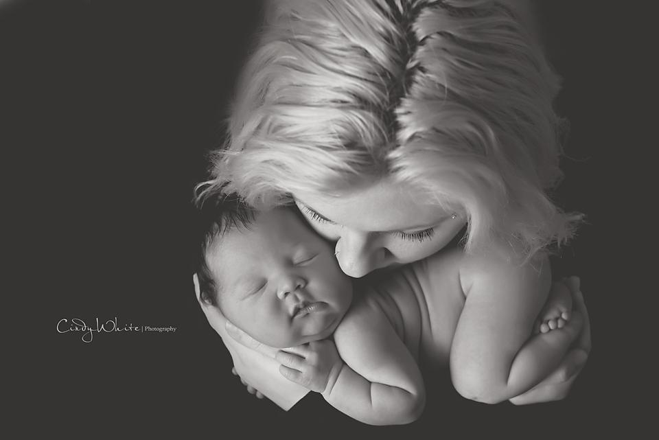 newborn with mother culpeper va photographer