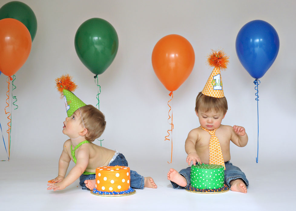 twins first birthday cake smash photo