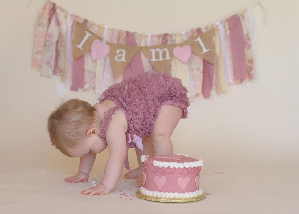 baby-cake-smash-1st-birthday-culpeper-va-06.jpg