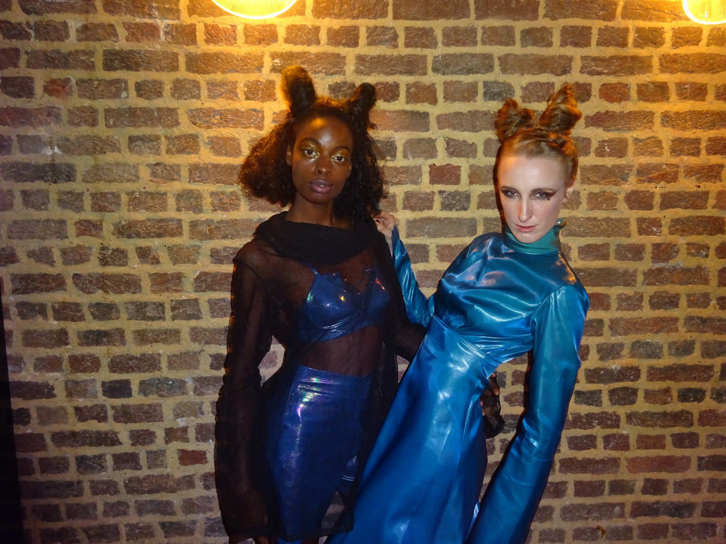 SUN, SEP 18 2016  SPACE GRUNGE GIRLS  MODELS FROM     KRAKENCOUNTERCOUNTERCOUTURE  RUNWAY   SHOW   LONDON, ENGLAND