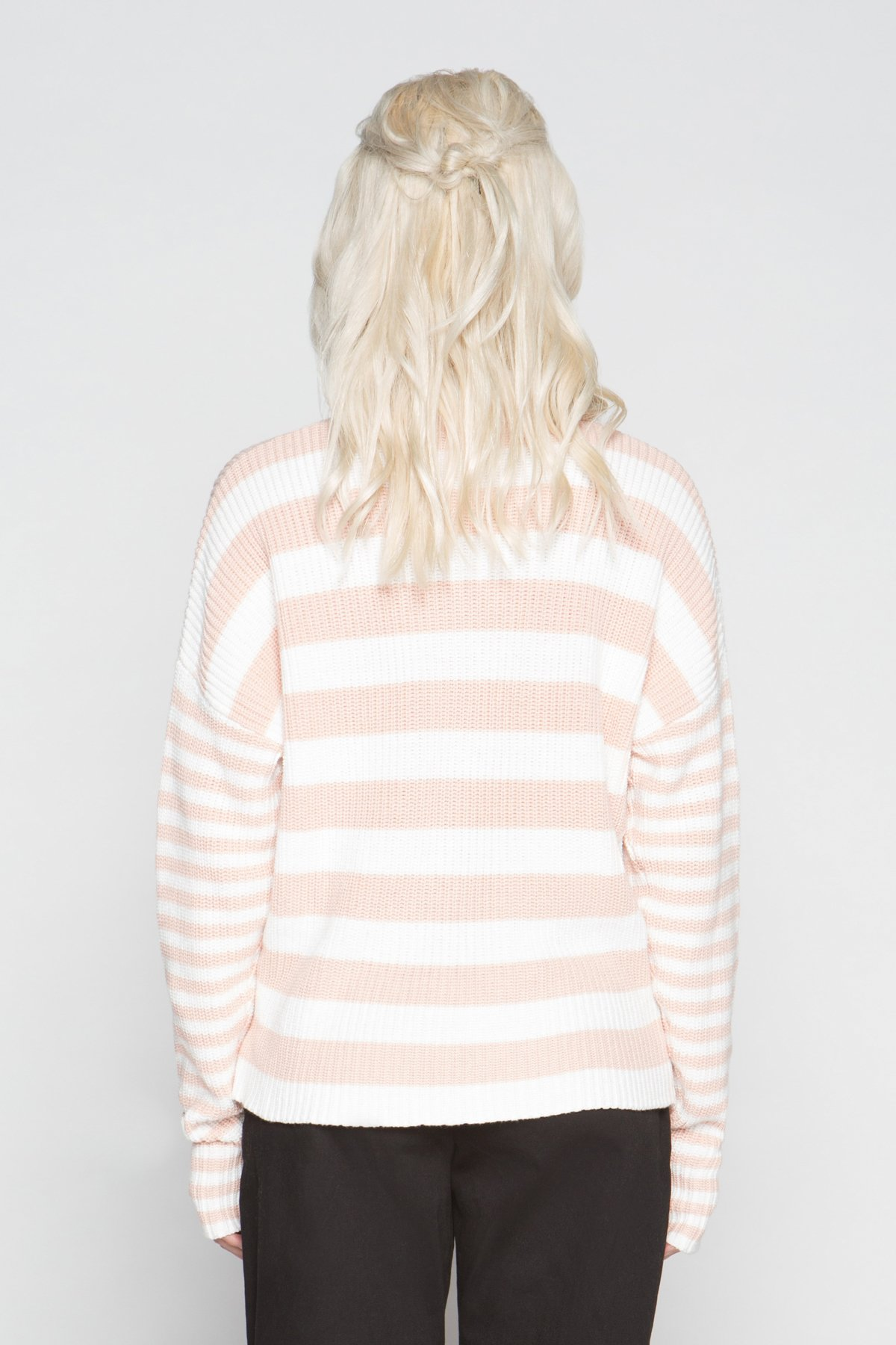Pink_and_White_Sweater-1.jpg