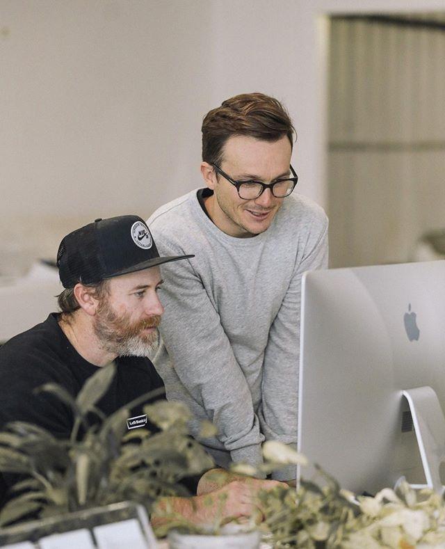Designer toolkit: Beard, glasses, wearing a hat indoors 🤙 - 📷 @artworkagency