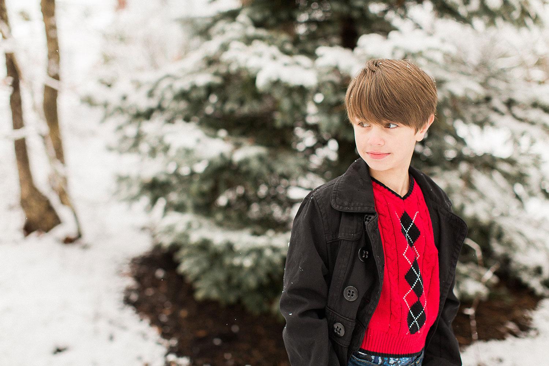 Urban-Family-Photos-Greyson-Snow-Portraits-2016-0015.jpg