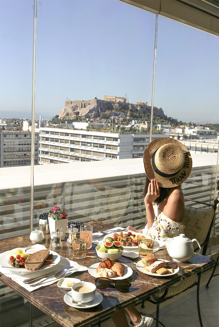 Beautiful breakfast view a King George, A Luxury Collection. Photo Credit : Leon Korobacz