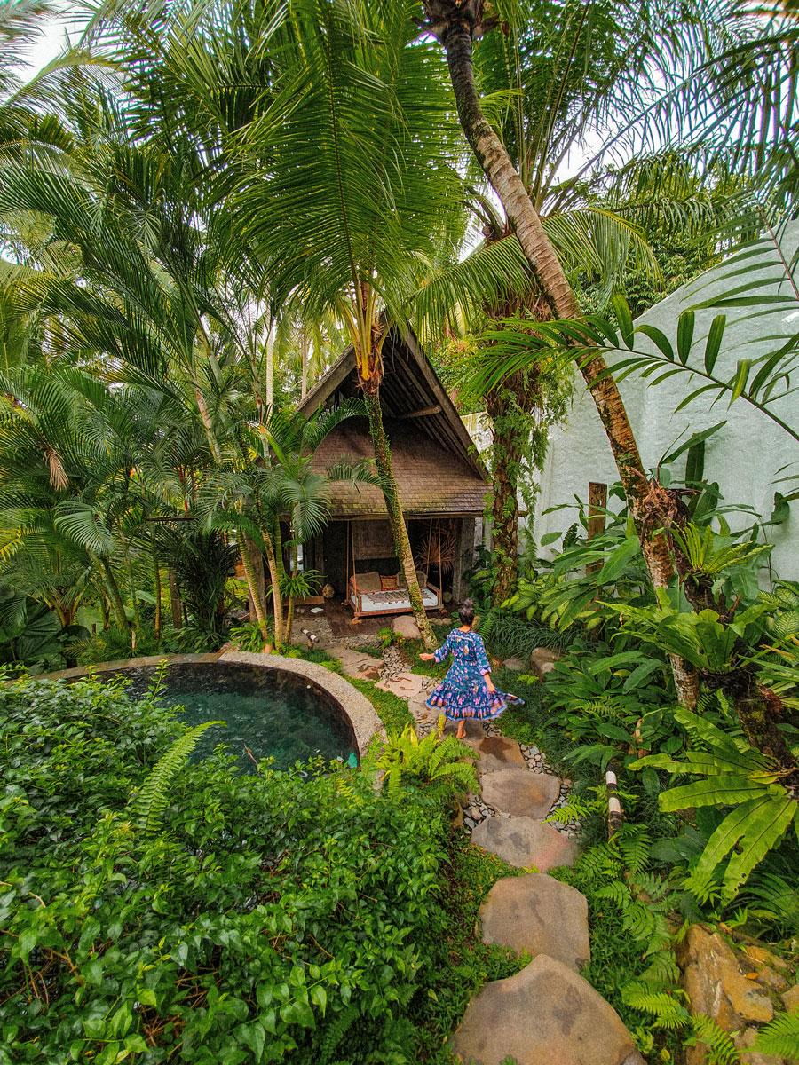 Stone-House-Bali_Green-Pathway_GRAIN_Hello-Miss-May_.jpg