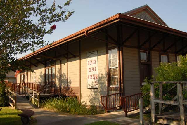 Eunice depot.jpg