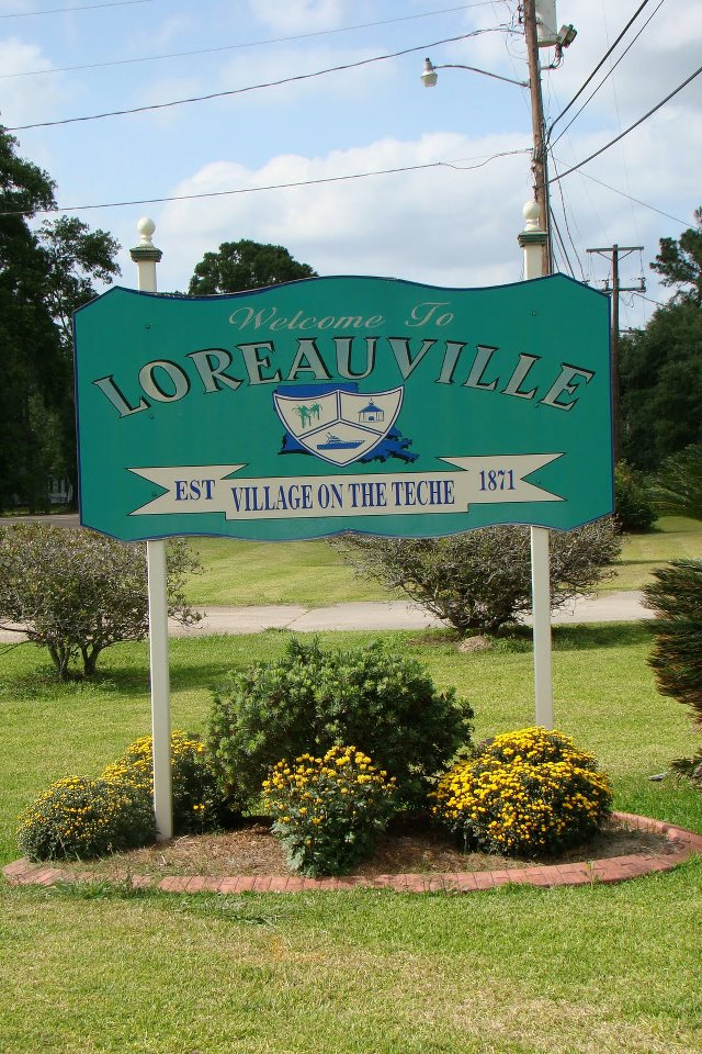 loreauville sign.jpg