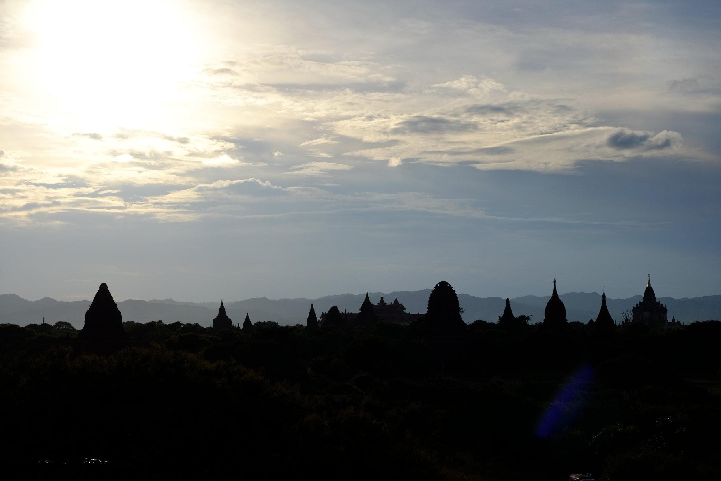 Looking towards Old Bagan from Shwesandaw Pagoda