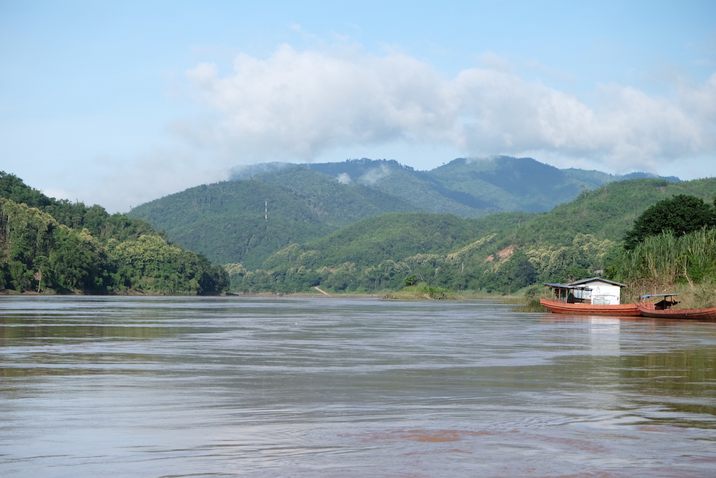 Cloudy morning on the Mekong