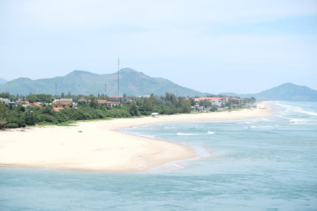 An Cu coastline