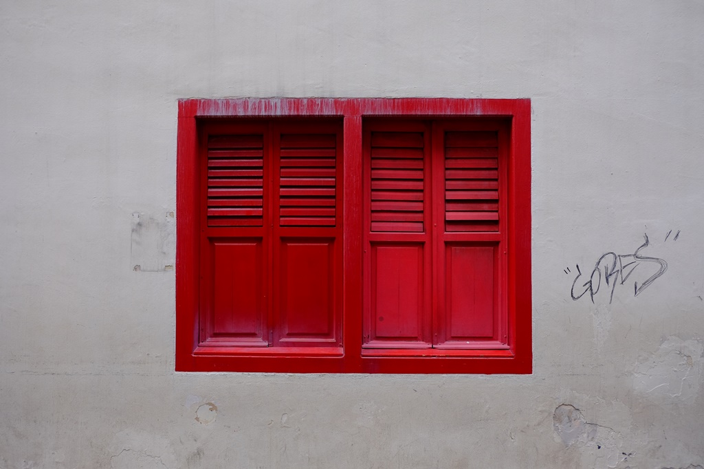 Red Window, Little, Little India