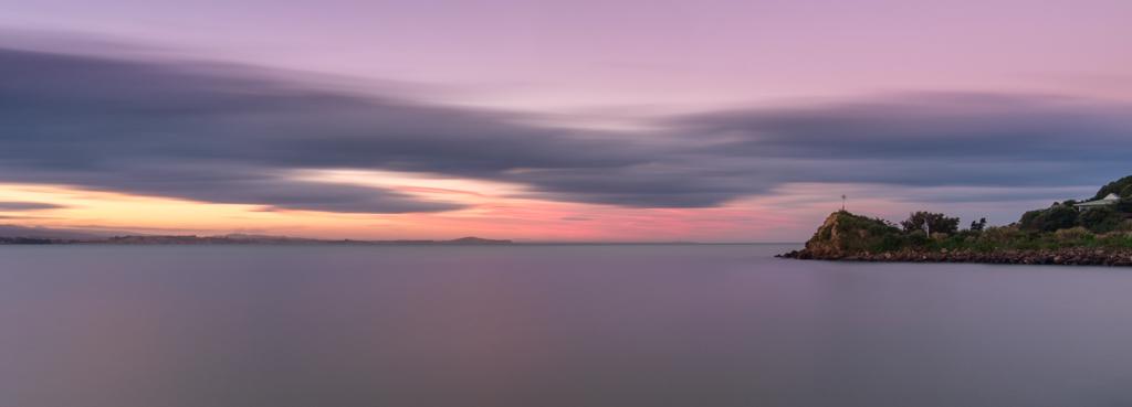 Long sunset, Moeraki Harbour