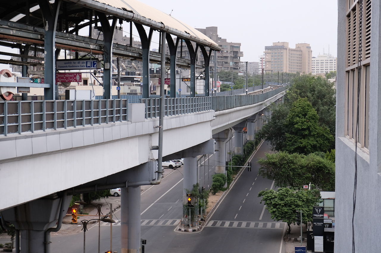 Elevated track at Kailash Colony