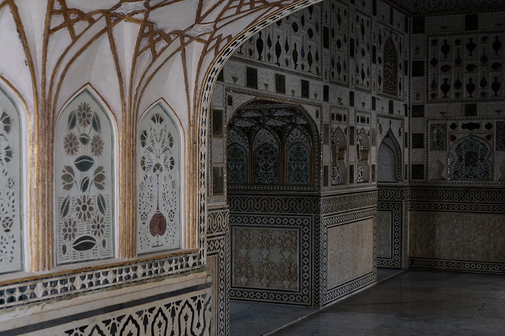 Hall of Mirrors, 3rd Courtyard